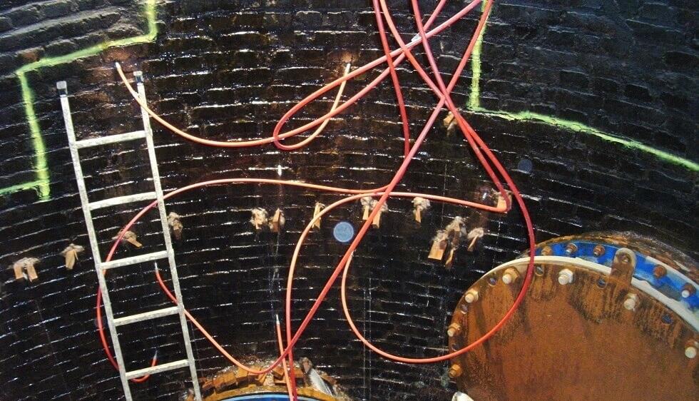 <p>Abdichtung der Wassereinbrüche mittels grundwasserverträglichen Acrylatgels (Zulassung nach W 270)</p>