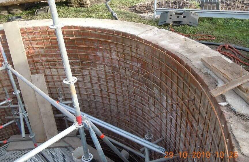 <p>Einbau Bewehrung Brunnenwand</p>