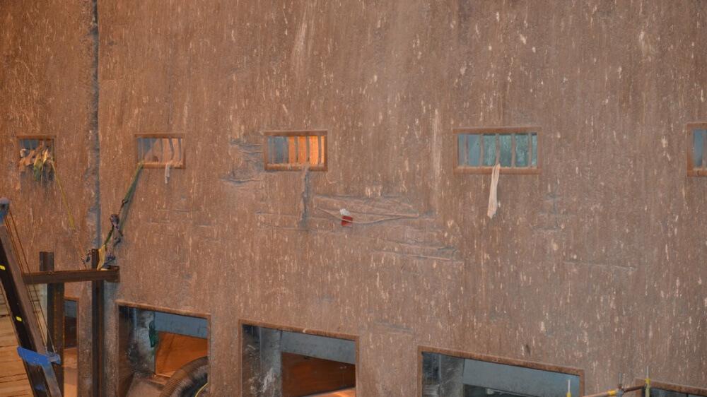 """<p>Freiliegende Bewehrung auf der Bunkerlängswand """"Müllaufgabesatz""""</p>"""